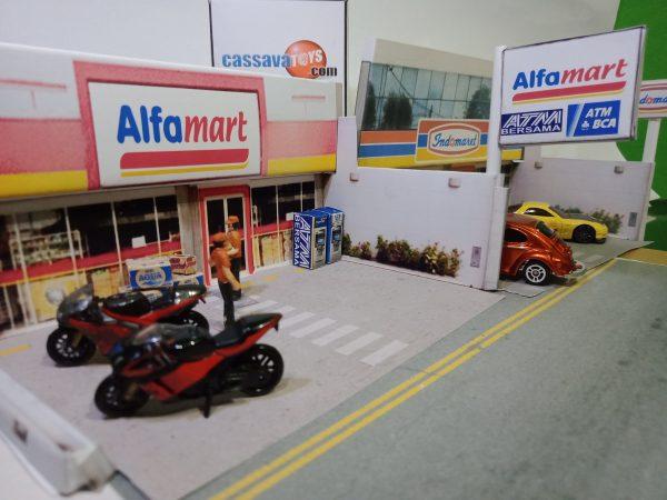 diorama alfamart