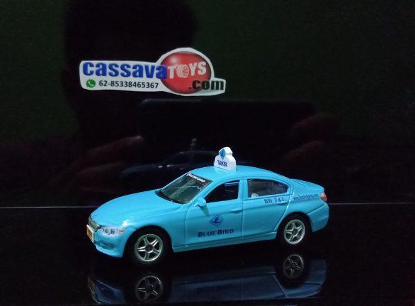 taxi blue bird